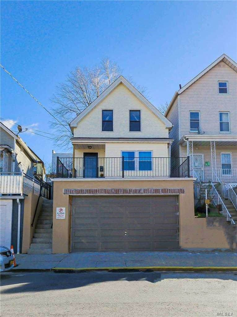 4742 Carpenter Avenue - Photo 1