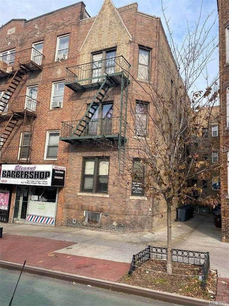 51-11 Skillman Avenue - Photo 1