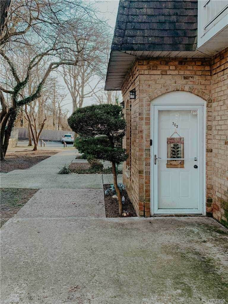 655 Middle Country Road - Photo 1