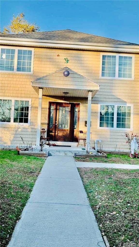 7 Rhodes Lane, W. Hempstead, NY 11552 (MLS #3278693) :: Nicole Burke, MBA | Charles Rutenberg Realty