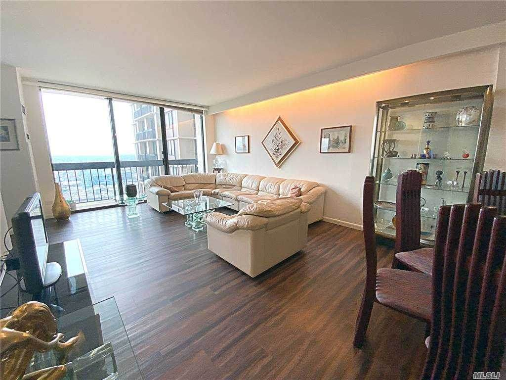 27110 Grand Central Parkway - Photo 1