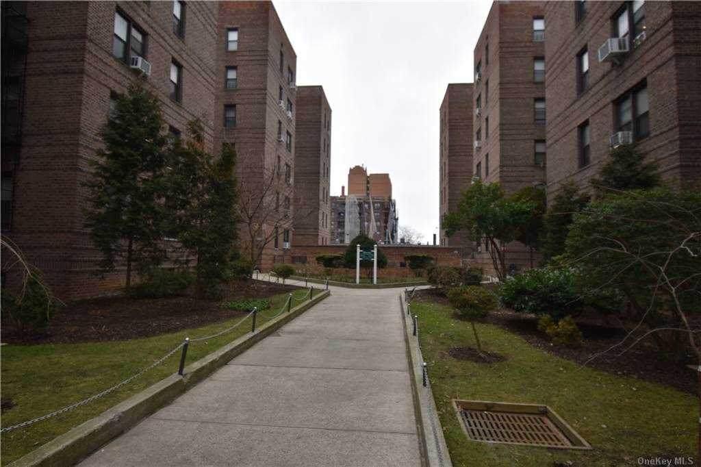 43-40 Union Street - Photo 1