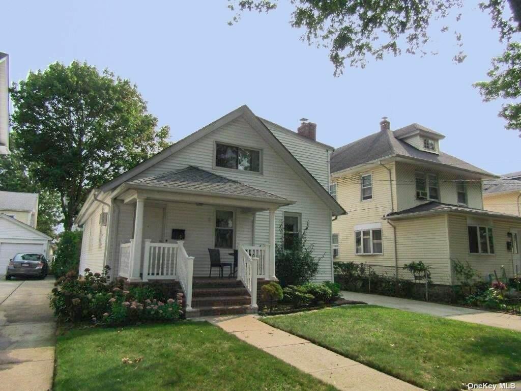 53 Hinsdale Avenue - Photo 1