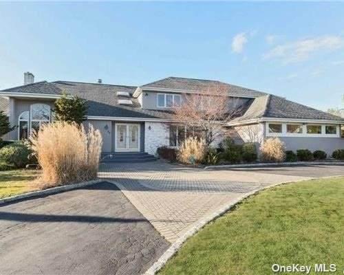 55 Sage Hollow Ct, Dix Hills, NY 11746 (MLS #3305578) :: Signature Premier Properties
