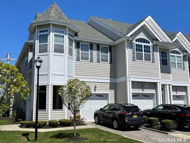 135 Jackie Court #135, Patchogue, NY 11772 (MLS #3305942) :: Barbara Carter Team