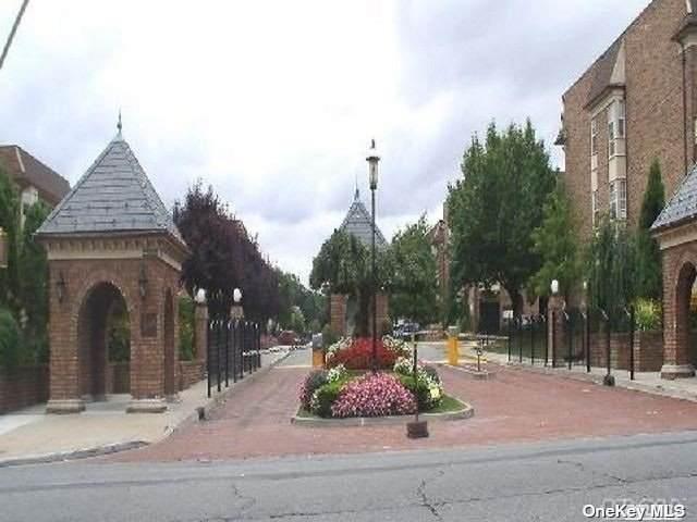 12-35 Robin Lane 50U, Bayside, NY 11360 (MLS #3312998) :: Carollo Real Estate