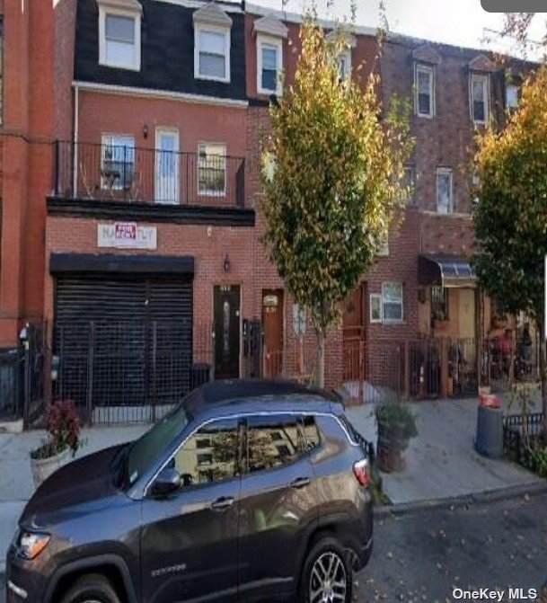 325A Lewis Avenue - Photo 1