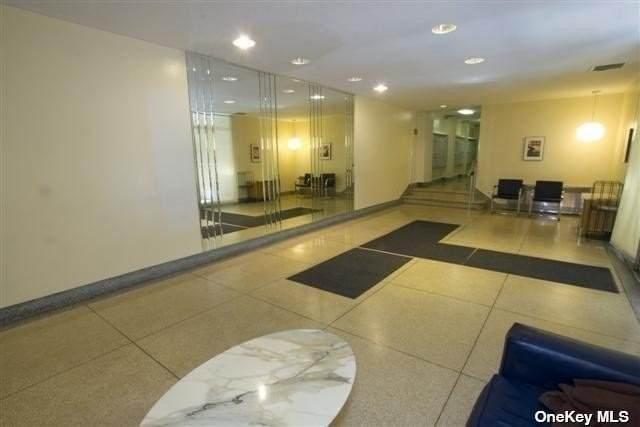 65-65 Wetherole St 4U, Rego Park, NY 11374 (MLS #3325659) :: Cronin & Company Real Estate