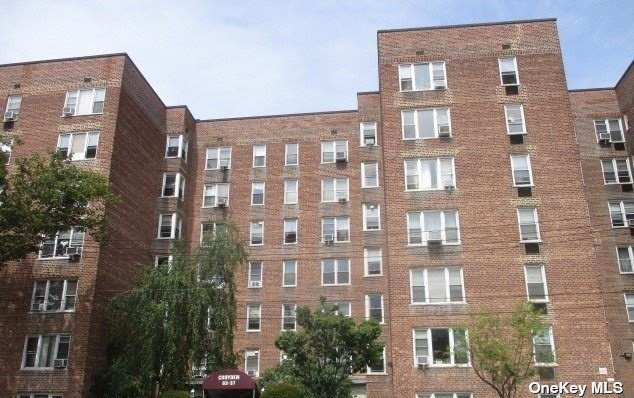 83-37 St James 3E, Elmhurst, NY 11373 (MLS #3339217) :: Laurie Savino Realtor