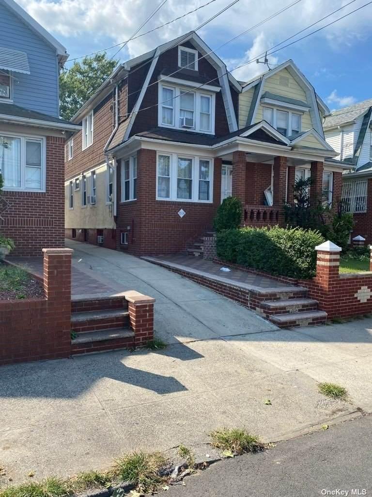 1514 Albany Avenue - Photo 1