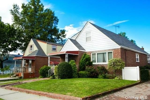 82-38 Little Neck Parkway, Floral Park, NY 11004 (MLS #3347733) :: Carollo Real Estate