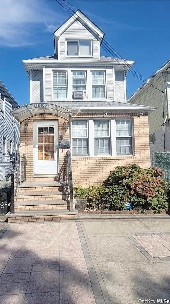 115-39 148th Street, Jamaica, NY 11436 (MLS #3348402) :: Mark Boyland Real Estate Team