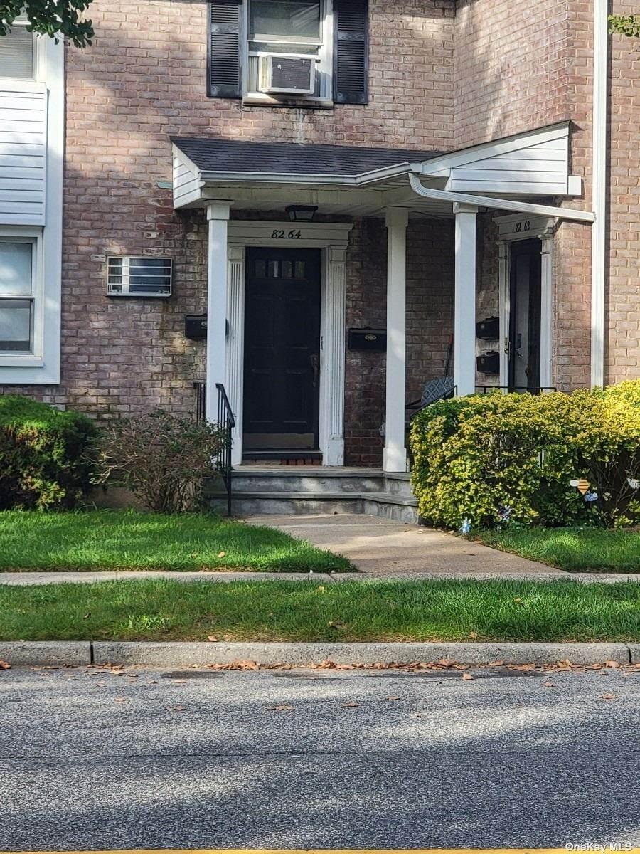 82-64 Langdale Street - Photo 1