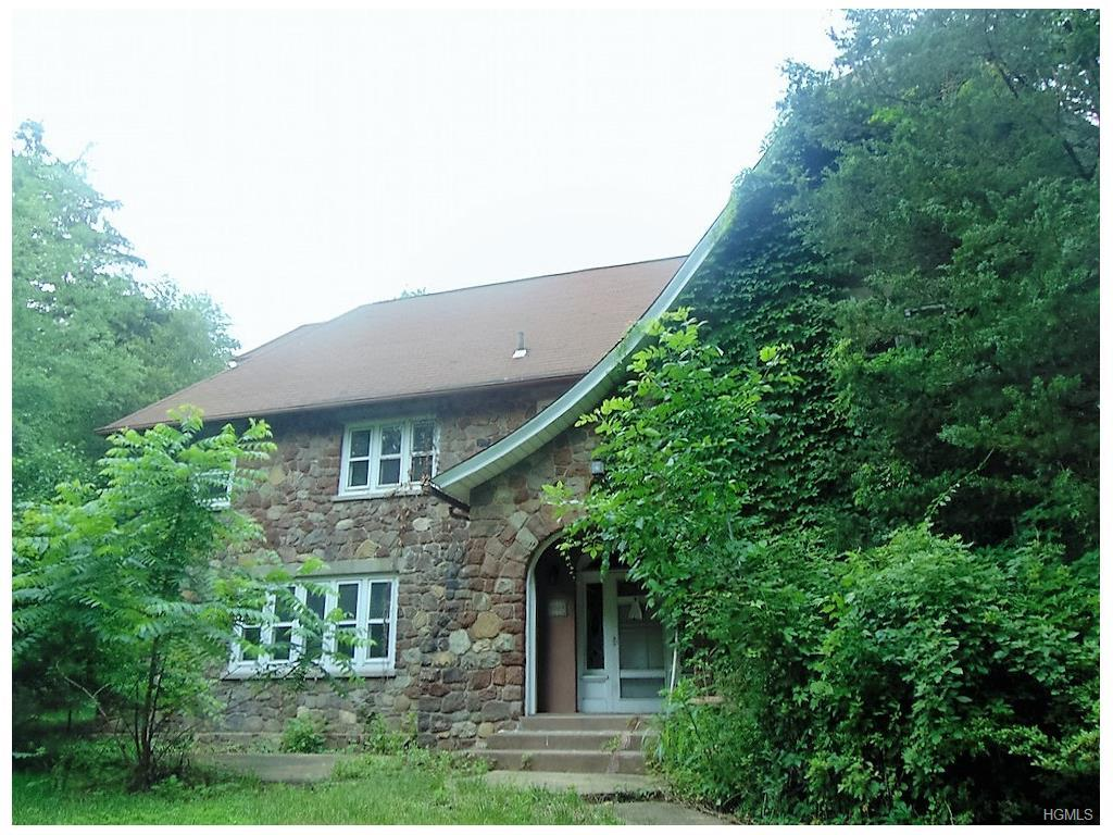 243 E Townline Road, West Nyack, NY 10994 (MLS #4628547) :: William Raveis Legends Realty Group
