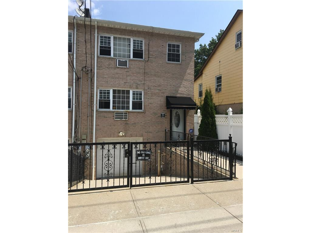 3150 Grace Avenue, Bronx, NY 10469 (MLS #4634553) :: William Raveis Legends Realty Group