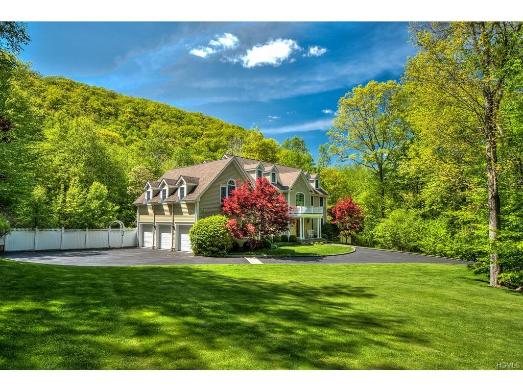 84 Park View Road, Pound Ridge, NY 10576 (MLS #4700205) :: William Raveis Legends Realty Group