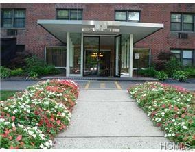 5 Oakdale Manor L8, Suffern, NY 10901 (MLS #4748411) :: William Raveis Baer & McIntosh