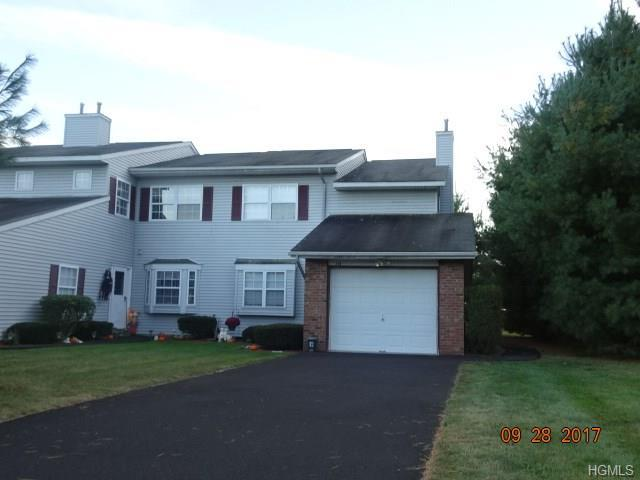 346 Fountain Road, Monroe, NY 10950 (MLS #4748423) :: Mark Boyland Real Estate Team