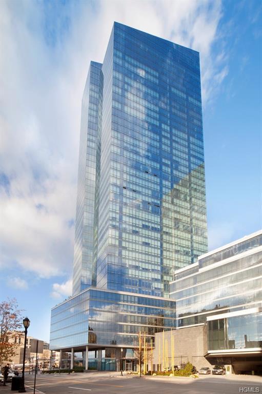 5 Renaissance Square Ph9c, White Plains, NY 10601 (MLS #4804236) :: Mark Boyland Real Estate Team