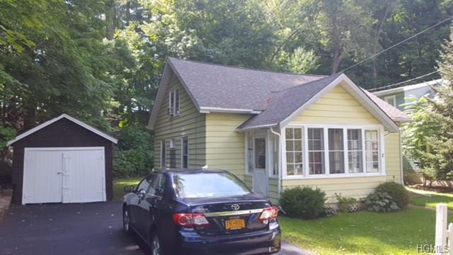 2 Pershing Avenue, Ellenville, NY 12428 (MLS #4809199) :: Michael Edmond Team at Keller Williams NY Realty
