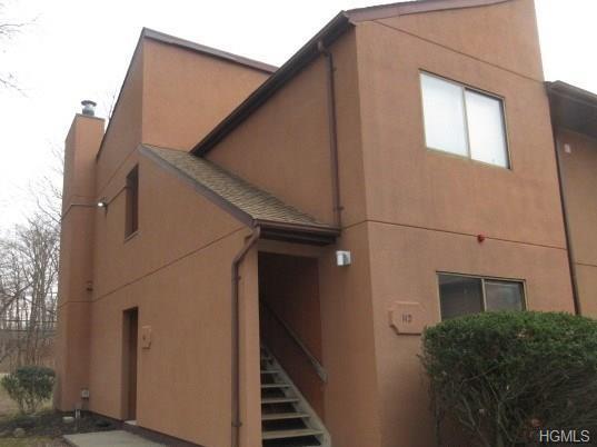 111 Town Hill Road, Nanuet, NY 10954 (MLS #4809423) :: Mark Boyland Real Estate Team