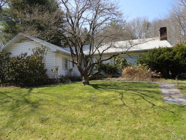 9 Westwood Avenue, Ellenville, NY 12428 (MLS #4815370) :: Mark Boyland Real Estate Team