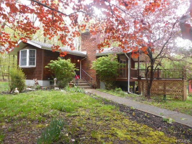 84 Fair Oaks Road, Middletown, NY 10940 (MLS #4821742) :: Stevens Realty Group