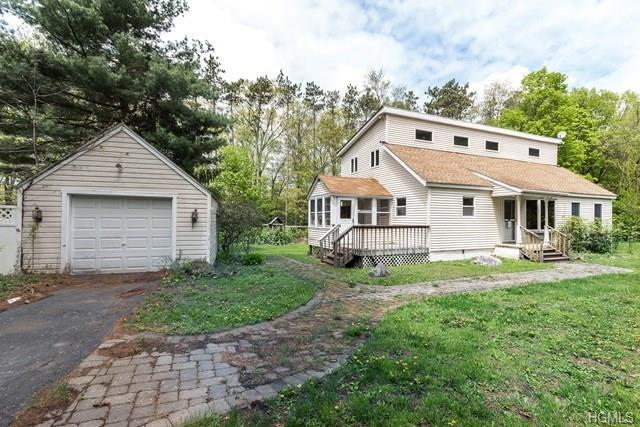 3047 Route 82, Pleasant Valley, NY 12569 (MLS #4822305) :: Stevens Realty Group