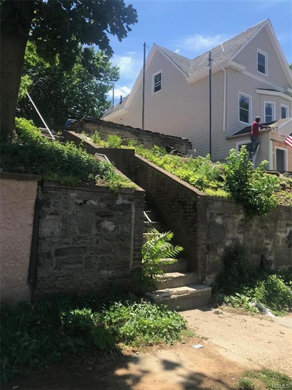 21 S Terrace Avenue, Mount Vernon, NY 10550 (MLS #4828315) :: William Raveis Baer & McIntosh
