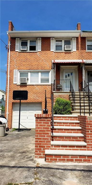 3558 Mc Owen Avenue, Bronx, NY 10475 (MLS #4834165) :: Mark Seiden Real Estate Team
