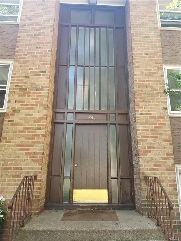 241 Kearsing Parkway D, Monsey, NY 10952 (MLS #4836737) :: Mark Seiden Real Estate Team