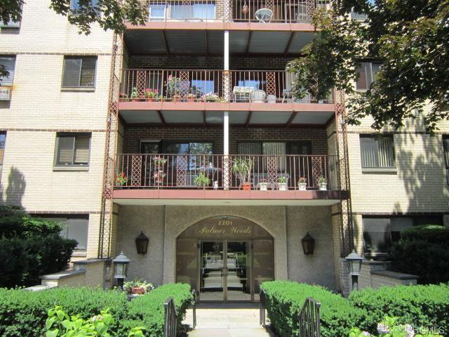 2201 Palmer Avenue 1P, New Rochelle, NY 10801 (MLS #4842913) :: Mark Boyland Real Estate Team