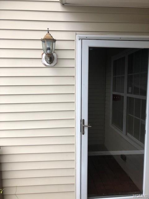 122 Highwood Drive, New Windsor, NY 12553 (MLS #4845480) :: William Raveis Baer & McIntosh