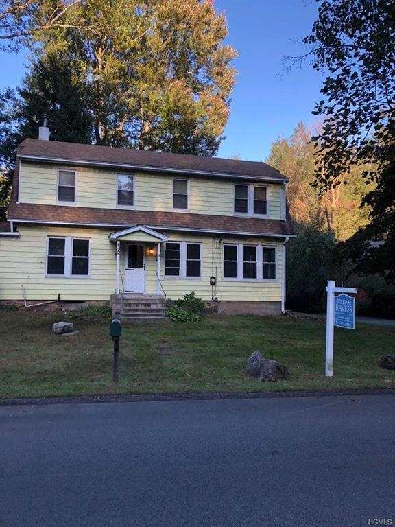 32 Whippoorwill Road, Armonk, NY 10504 (MLS #4848900) :: Mark Boyland Real Estate Team