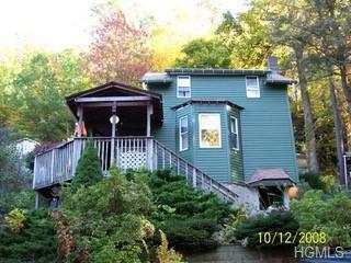 25 Seventh Road, Greenwood Lake, NY 10925 (MLS #4903149) :: William Raveis Baer & McIntosh