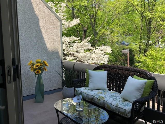 1 Fountain Lane 2D, Scarsdale, NY 10583 (MLS #4904218) :: Shares of New York