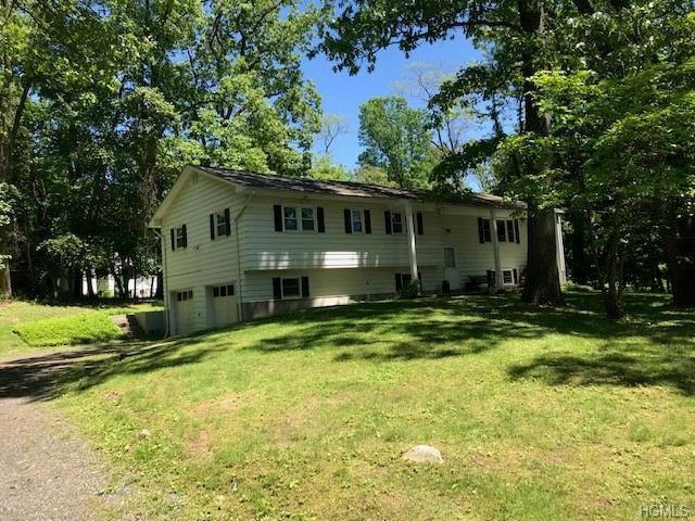 115 S Jacqueline Street, New Windsor, NY 12553 (MLS #4938621) :: Mark Boyland Real Estate Team