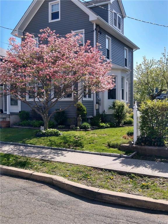 22 Second Avenue, Pelham, NY 10803 (MLS #4949082) :: Mark Boyland Real Estate Team