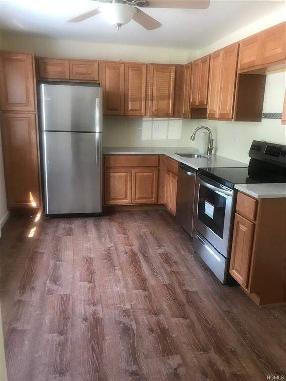 1840 Crompond Road 2B4, Peekskill, NY 10566 (MLS #4983729) :: Mark Boyland Real Estate Team