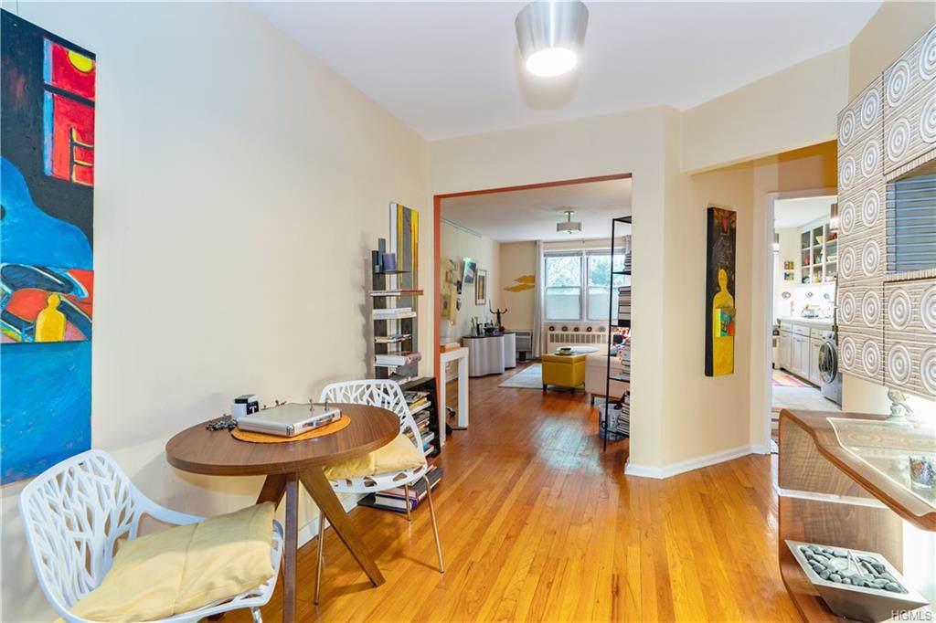 325 Palmer Terrace - Photo 1