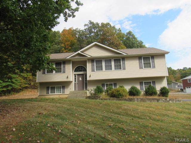 291 Huckleberry Turnpike, Wallkill, NY 12589 (MLS #5086740) :: William Raveis Baer & McIntosh