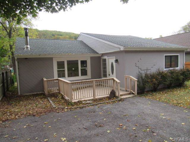482 Sprout Brook Road, Garrison, NY 10524 (MLS #5104264) :: Mark Seiden Real Estate Team