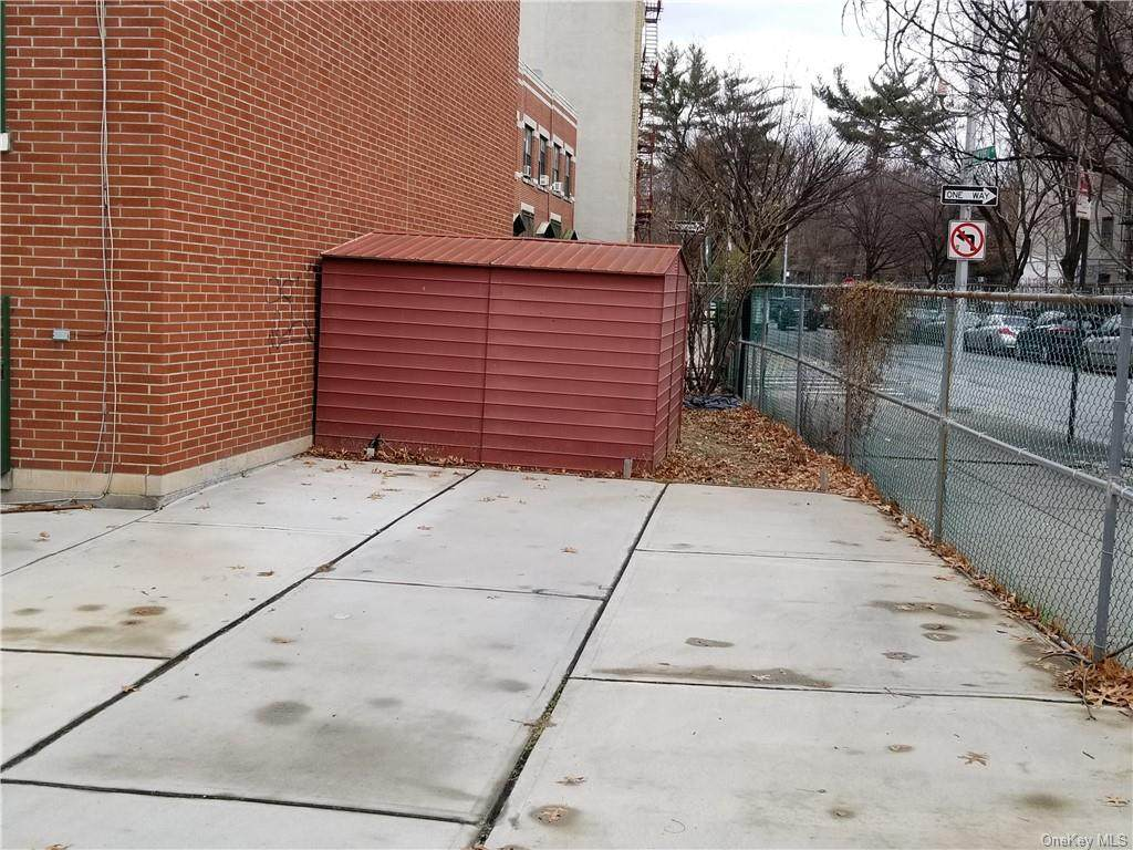 881 181st Street - Photo 1
