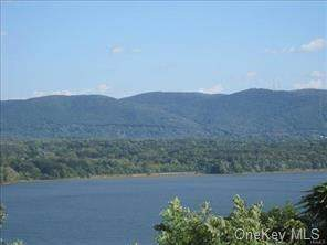 6 Pinnacle Lot 16 Boulevard, Newburgh, NY 12550 (MLS #H5129594) :: Kendall Group Real Estate | Keller Williams