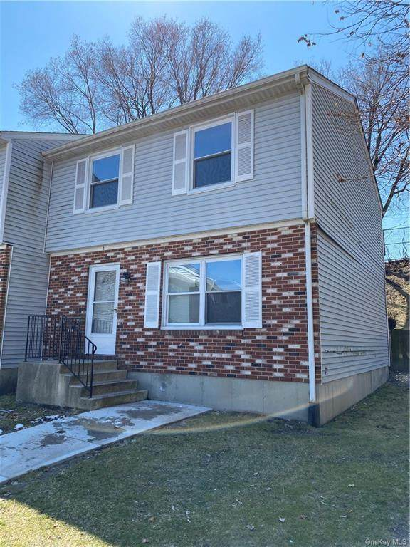 31 Estate Drive, Middletown, NY 10940 (MLS #H6032660) :: Cronin & Company Real Estate