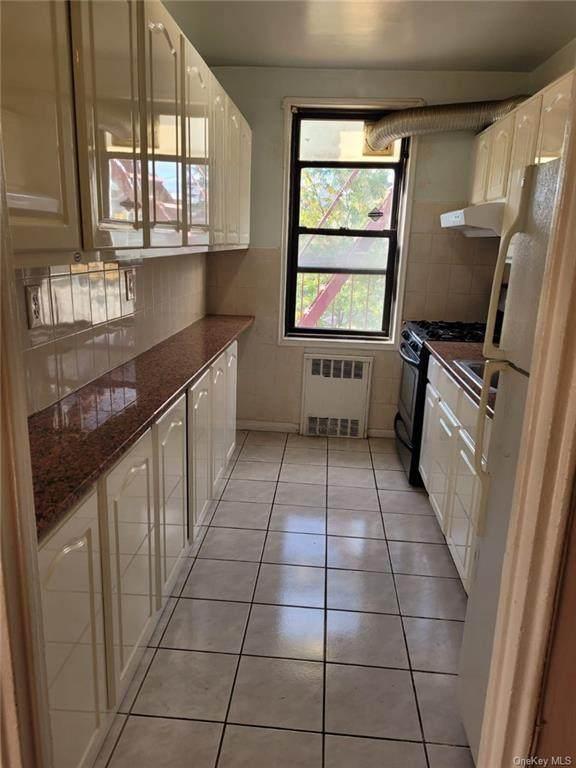 150-10 71st Avenue 2G, Kew Garden Hills, NY 11367 (MLS #H6042005) :: Goldstar Premier Properties