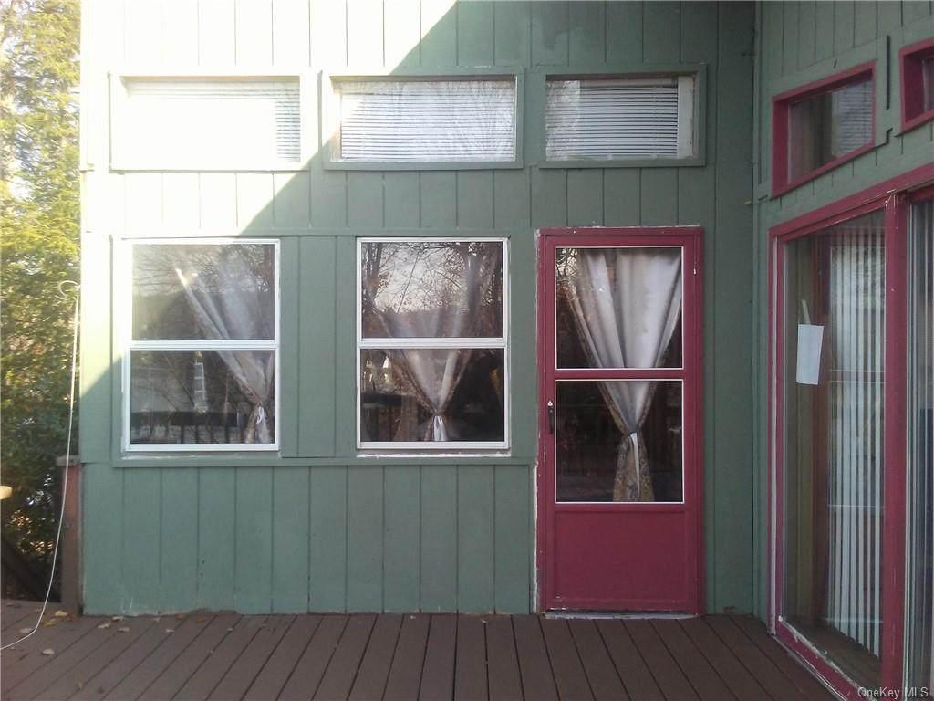 23 Redwood Lane - Photo 1