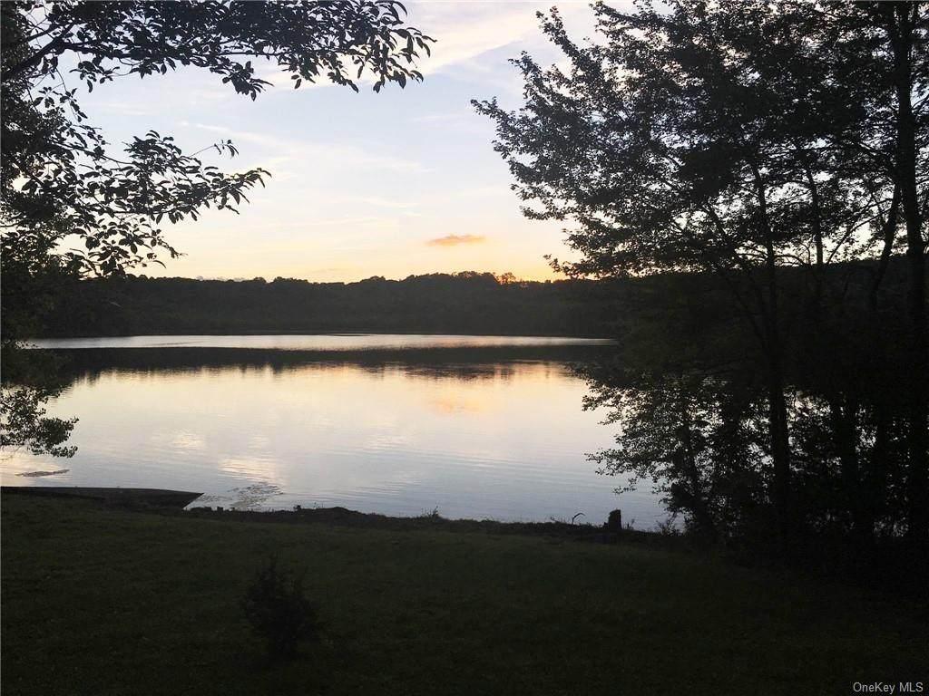 315 Round Lake Terrace - Photo 1