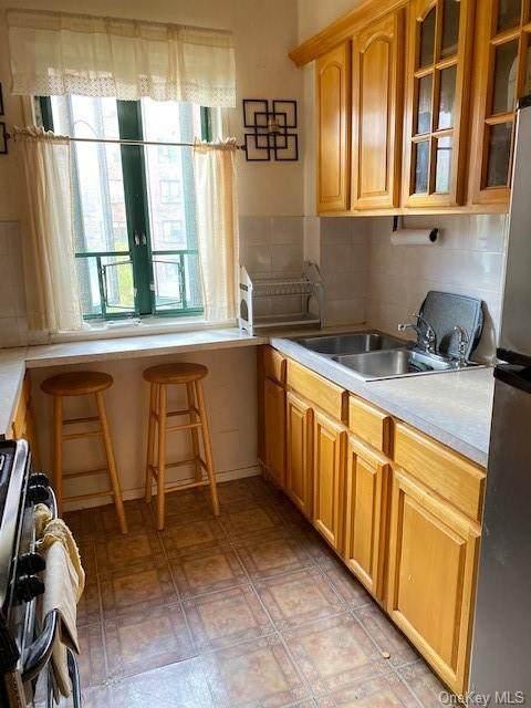 1410 East Avenue 3E, Bronx, NY 10462 (MLS #H6070264) :: Cronin & Company Real Estate