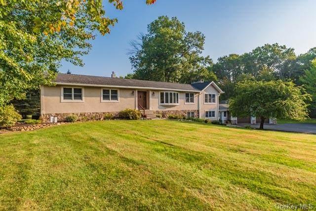 40 Deer Brook Drive, New Windsor, NY 12553 (MLS #H6072028) :: Cronin & Company Real Estate